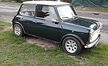 Mini austin racing green